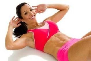 Упражнения на мышцы живота для девушек